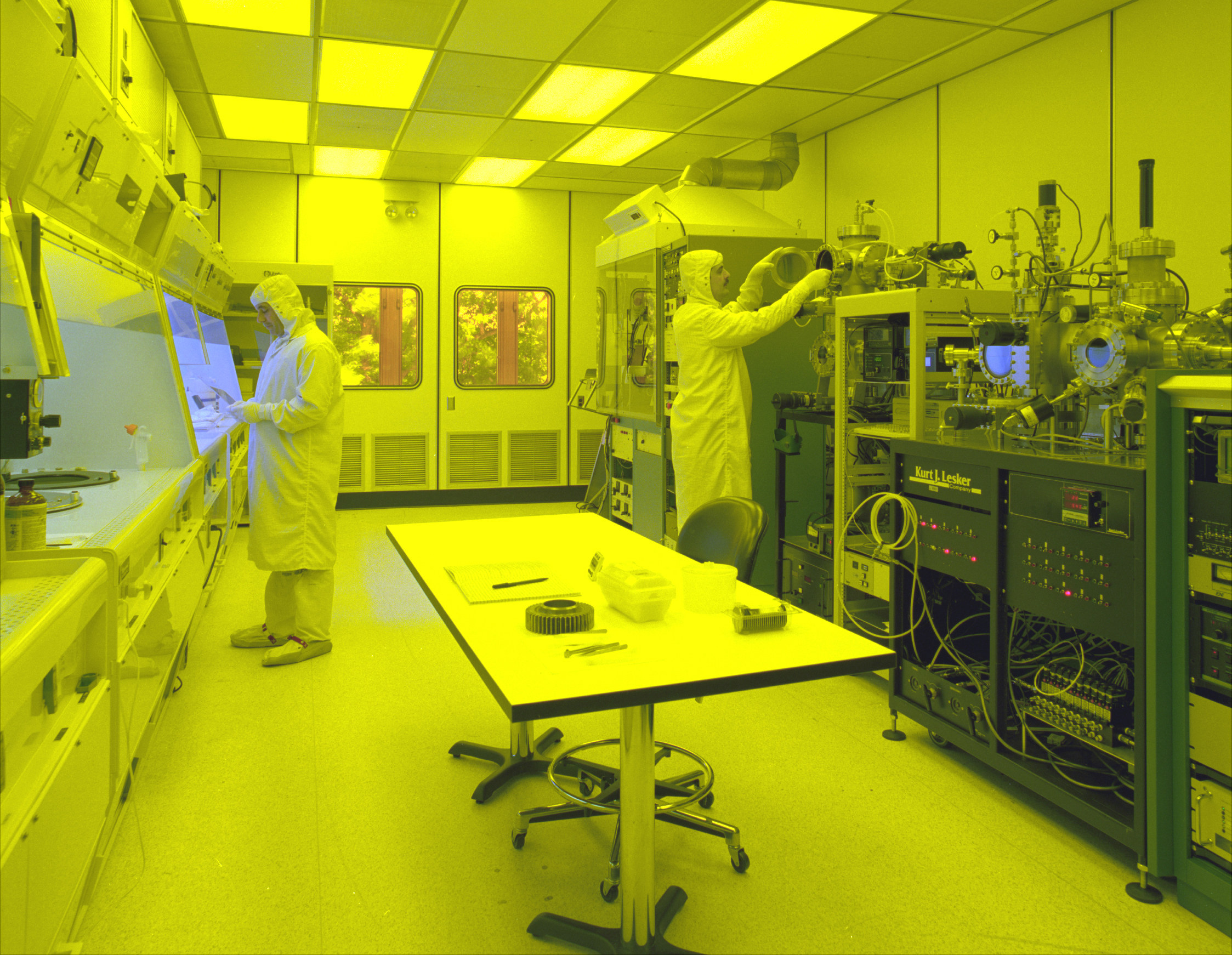 cleanroom is a highly controlled environment