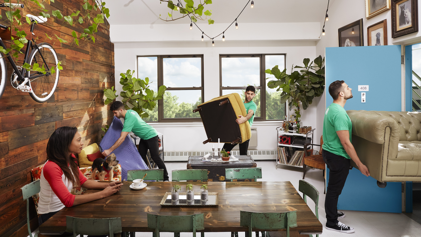 How Apartment Movers Can Save Your Couch and Your Back