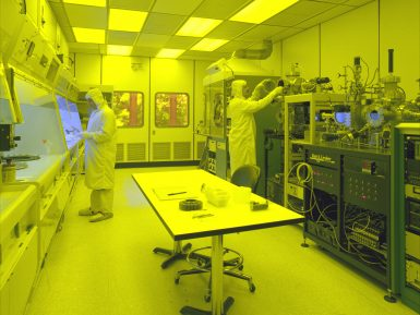 3 Strategies to Better Cleanroom Gowning